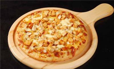 手握披萨加盟