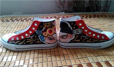手绘鞋加盟