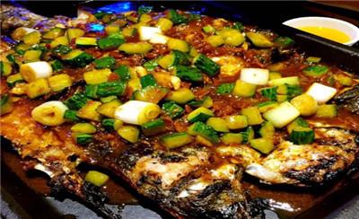 火匠烤鱼加盟